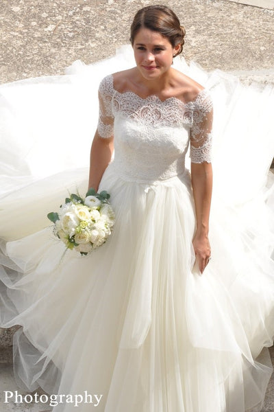 lace-off-the-shoulder-wedding-dresses-ivory-tulle-skirt