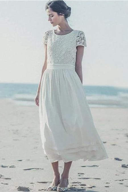Close-fitting Lace Short Wedding Dress with Long Sleeves