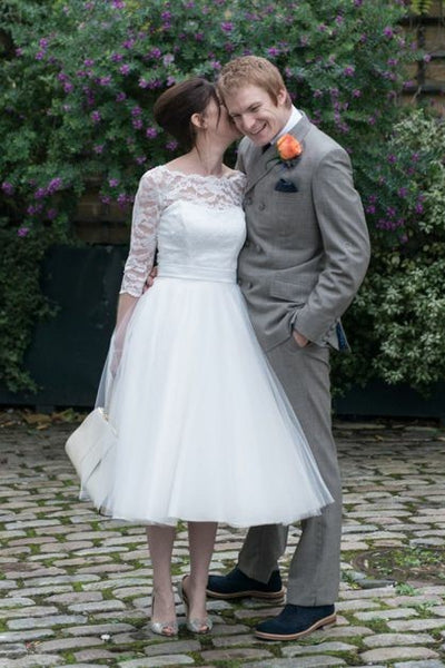 lace-tulle-tea-length-wedding-dresses-with-sleeves-2