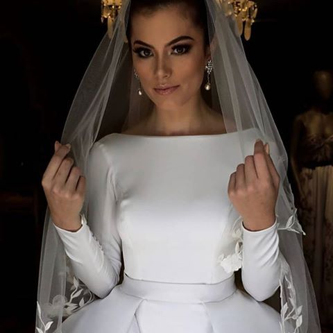 long-sleeves-white-wedding-gown-with-flounced-skirt-6