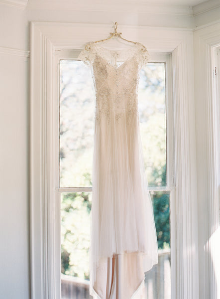 Luxury Pearls and Crystals Wedding Dresses with Short Sleeves