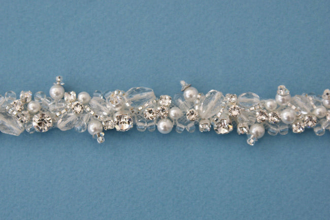 made-to-measure-pearls-crystals-wedding-belt-with-clasp-1