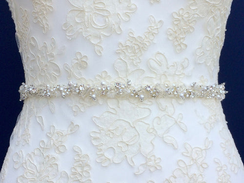 made-to-measure-pearls-crystals-wedding-belt-with-clasp