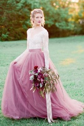 mauve-colored-tulle-wedding-dress-with-long-lace-sleeves-3