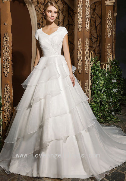 modest-organza-bridal-gown-dress-with-layers-skirt