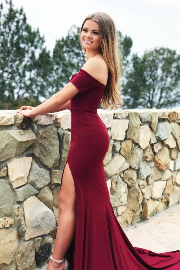 off-the-shoulder-burgundy-spandex-long-prom-dress-slit-side-1