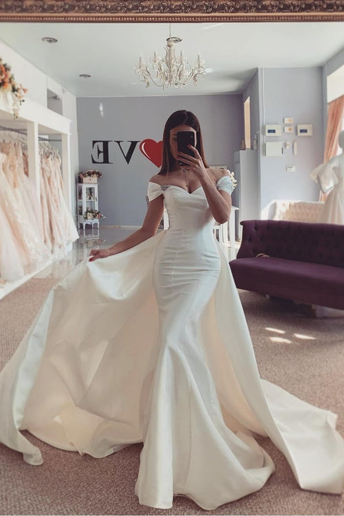 off-the-shoulder-mermaid-satin-weding-dress-with-attached-train