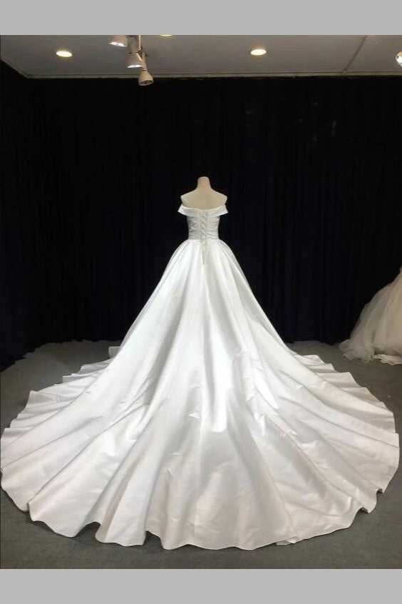 off-the-shoulder-satin-wedding-gown-with-royal-train-1