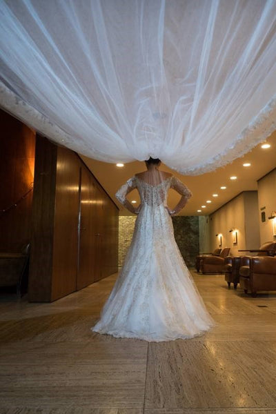 one-layer-long-wedding-veil-with-lace-edge-2