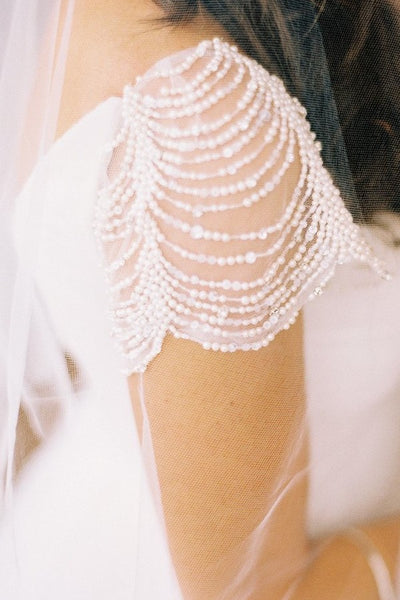 pearls-cap-sleeves-wedding-dresses-with-irregular-tulle-skirt-5