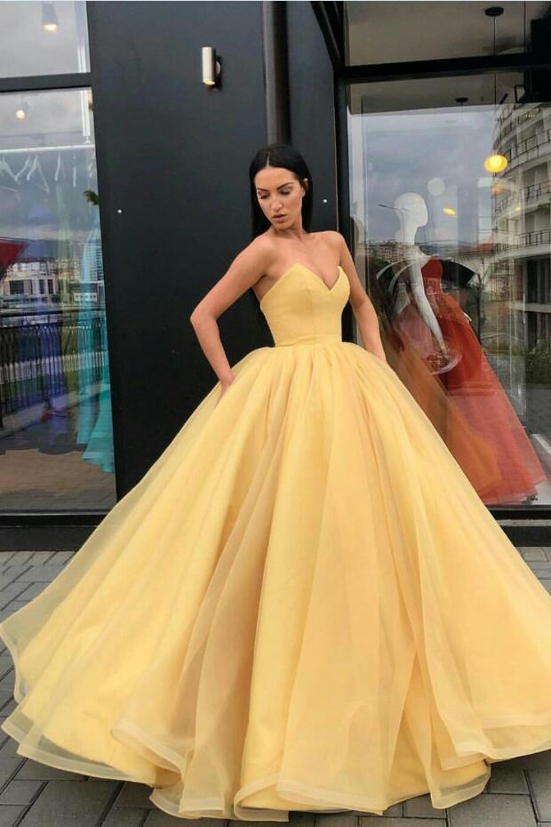 Plunging Sweetheart Puffy Yellow Ball Gown Prom Dresses – loveangeldress