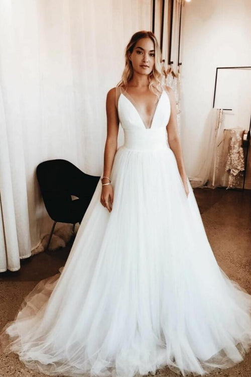 plunging-v-neck-simple-tulle-bridal-gown-with-wide-waistband