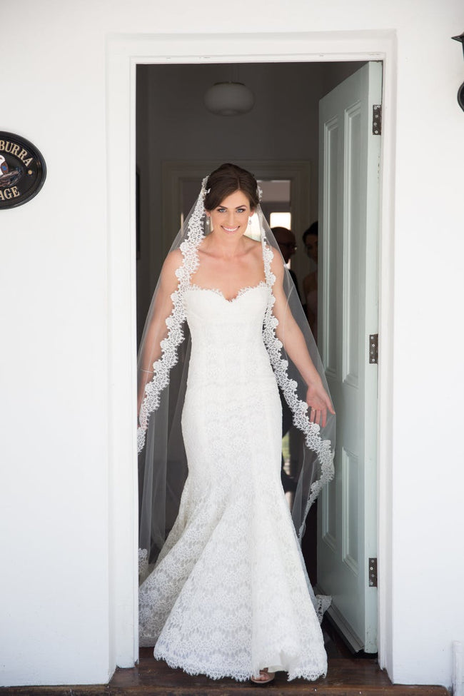 royal-cathedral-length-wedding-bridal-veil-lace-trim-1