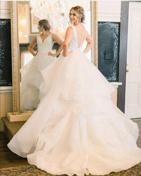 ruching-v-neck-wedding-dresses-with-layers-skirt-1