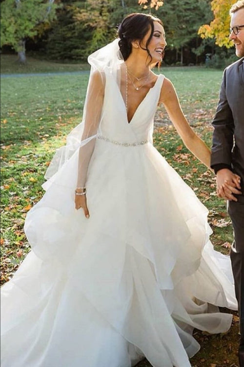 ruching-v-neck-wedding-dresses-with-layers-skirt