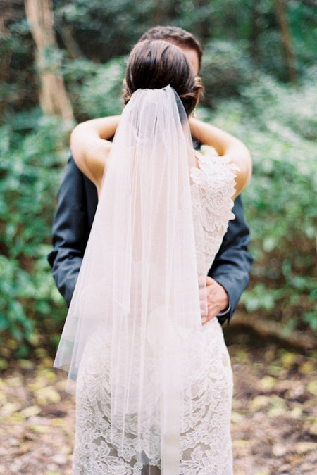 Single Tulle Long Bridal Veil with Lace Appliques Details