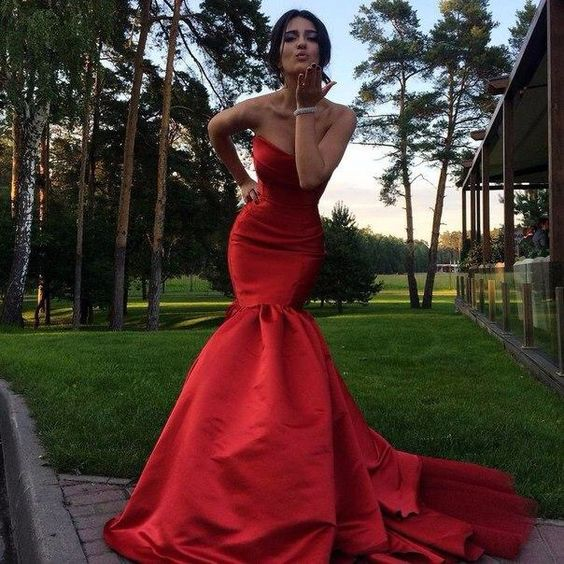 satin-strapless-red-mermaid-dress-for-prom-with-open-back-2