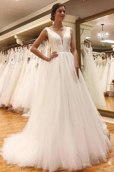satin-v-neckline-ivory-bride-dresses-with-tulle-skirt