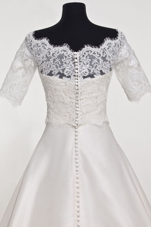 scalloped-eyelash-lace-wedding-topper-bridal-jacket-with-sleeves-1