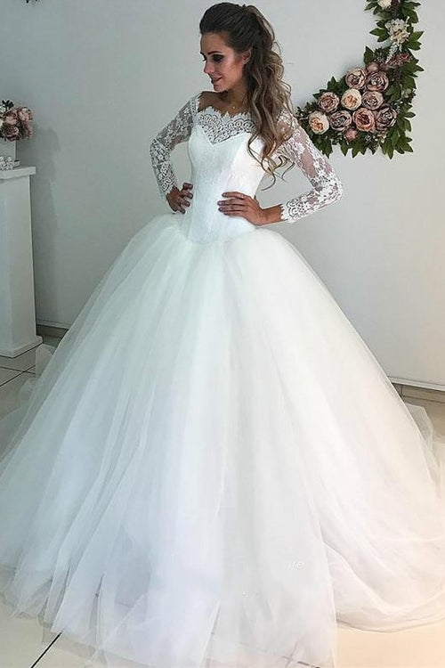 scalloped-lace-tulle-bridal-dress-with-long-sleeves