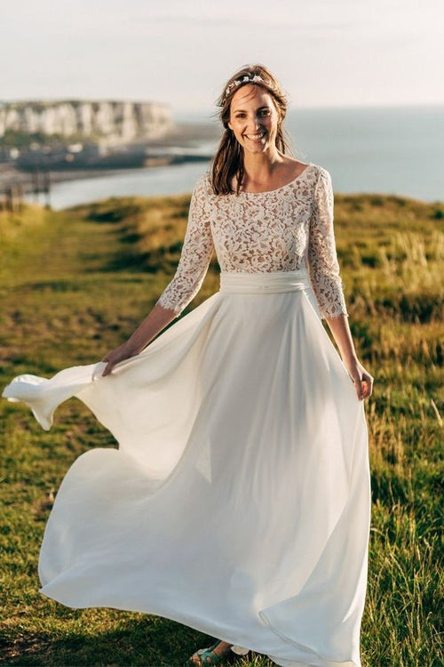scoop-neck-lace-boho-wedding-gown-chiffon-skirt
