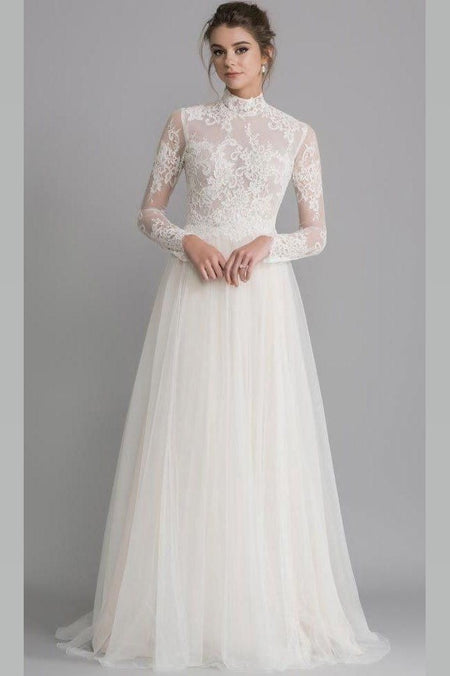 Beautiful Floral Lace Wedding Bridal Gown with Sleeves