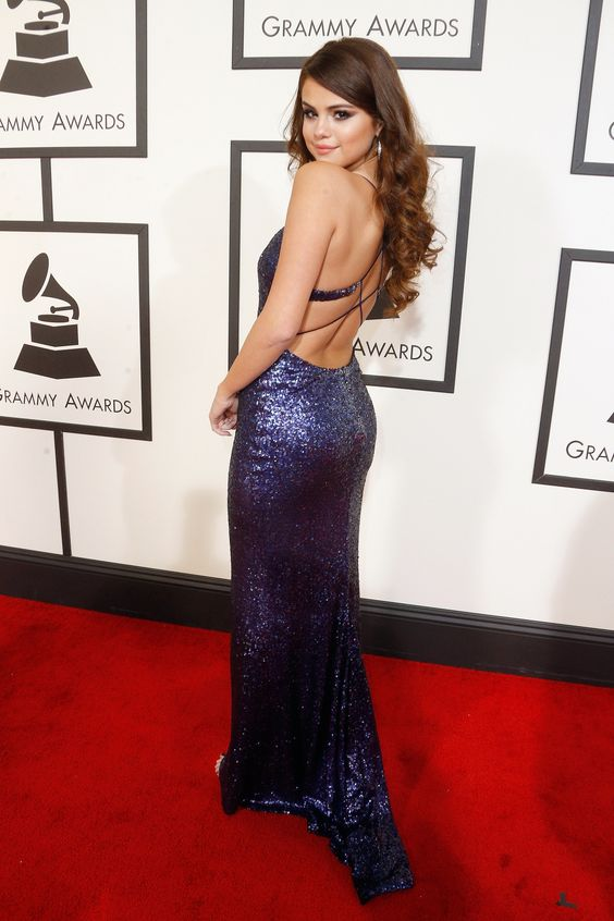 selena-gomez-swift-red-carpet-sequined-dress-at-the-58th-annual-grammy-awards-1