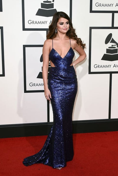 selena-gomez-swift-red-carpet-sequined-dress-at-the-58th-annual-grammy-awards