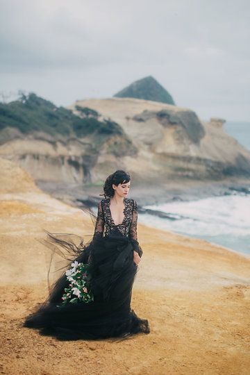 sheer-lace-long-sleeves-black-wedding-dress-with-plunging-v-neck-1