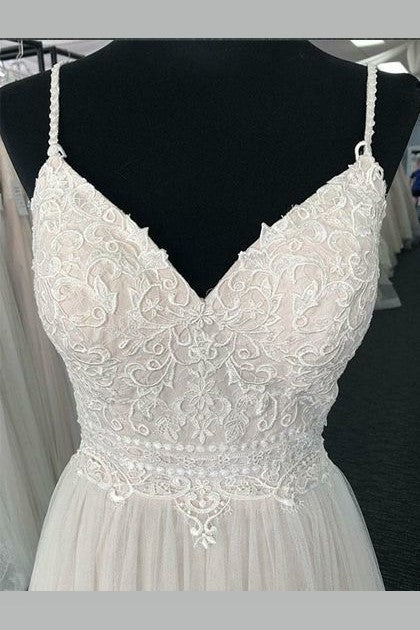 shoestring-straps-ivory-lace-wedding-gown-with-textured-tulle-skirt-1