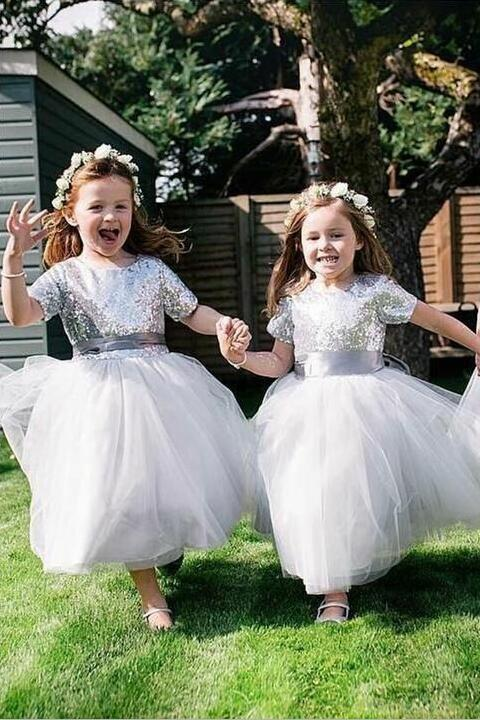 short-sleeves-silver-sequin-wedding-party-dress-for-children