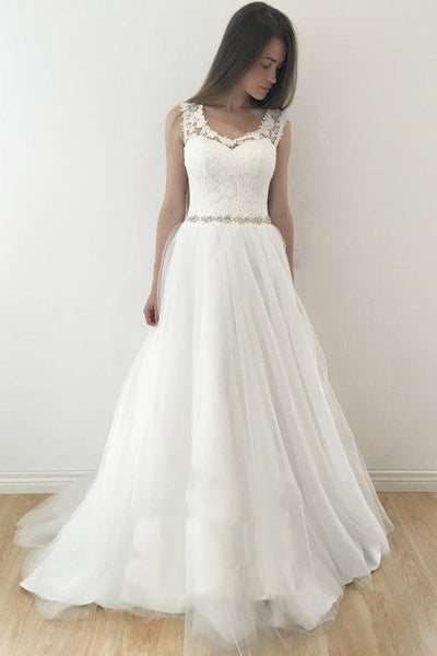 sleeveless-floral-lace-ivory-wedding-gown-with-tulle-skirt