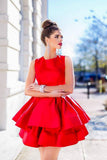 sleeveless-satin-short-red-homecoming-gowns-with-tiered-skirt