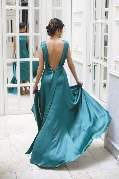 sleeveless-stretchy-satin-evening-long-dress-with-ribbon-back-1