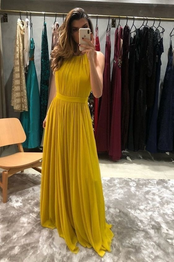sleeveless-yellow-chiffon-prom-gown-with-pleat-bodice