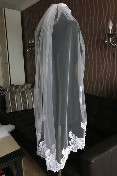 soft-tulle-1-layer-bridal-lace-veil-fingertip-length-2