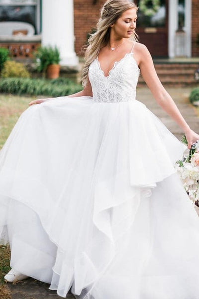 spaghetti-straps-tulle-bride-dresses-with-lace-bodice