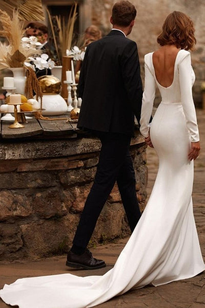 square-neck-full-sleeves-wedding-gown-2021-1