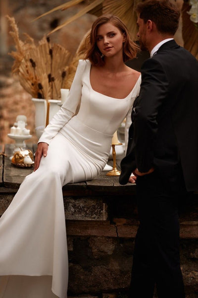 square-neck-full-sleeves-wedding-gown-2021