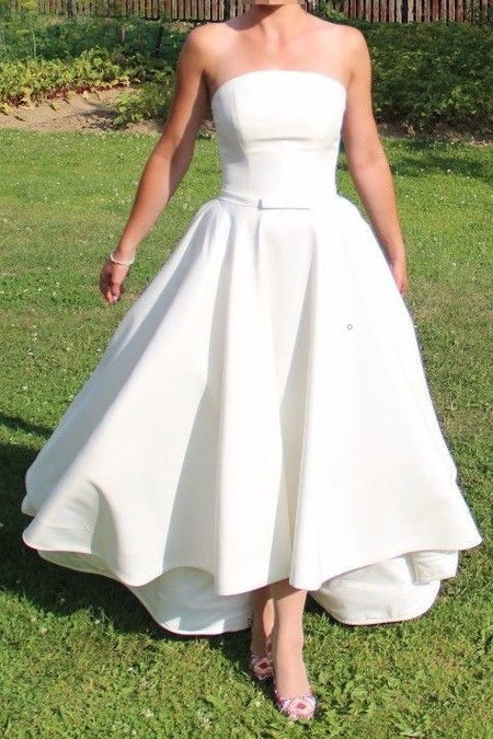 Satin Short White Bridal Dresses with Beaded Lace Bodice