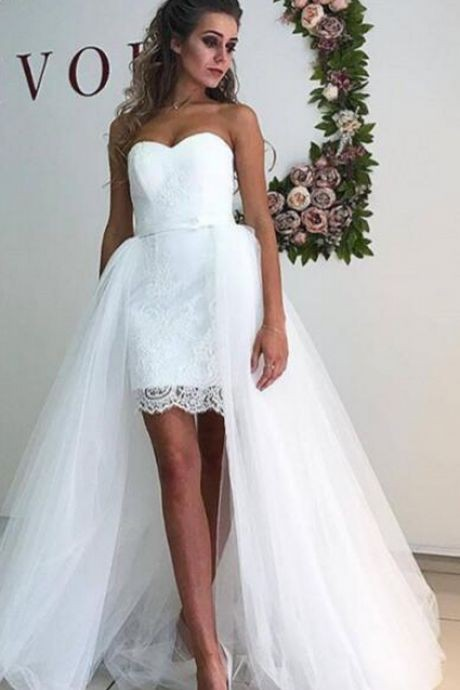 strapless-short-lace-wedding-gown-with-detachable-tulle-skirt