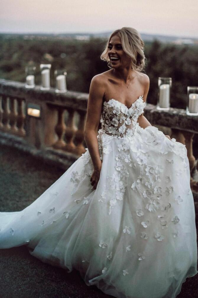 Sweetheart 8D Floral Wedding Dress Gown with Tulle Skirt
