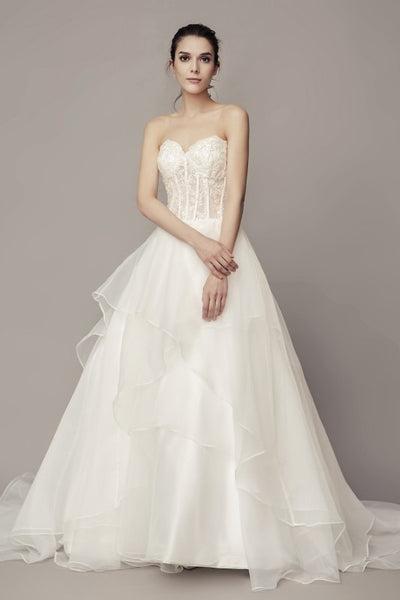 sweetheart-lace-corset-wedding-dress-with-organza-skirt