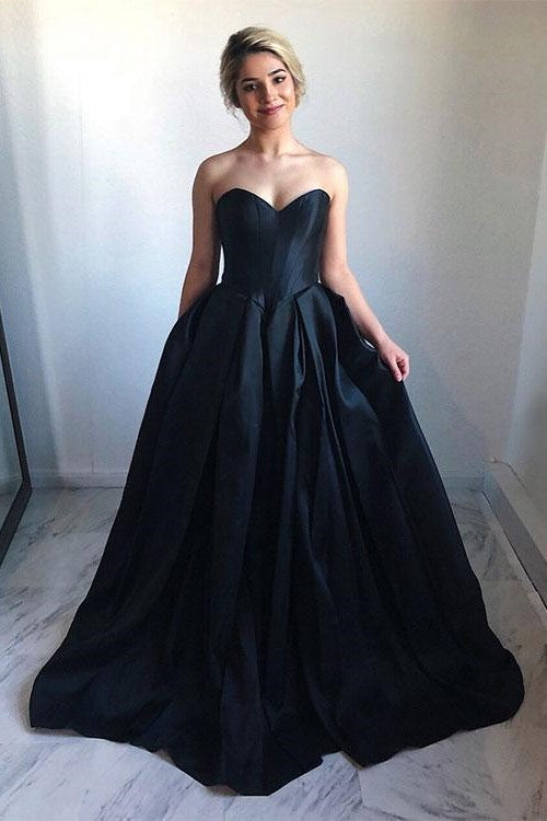 b95b4f439bef Sweetheart Satin Black Ball Gown Prom Dress with Chapel Train ...