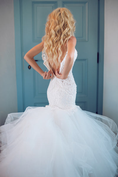 tulle-and-lace-mermaid-wedding-dresses-long-train-2