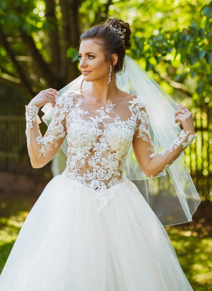 tulle-long-sleeves-bridal-wedding-dress-with-lace-appliques-bodice-2