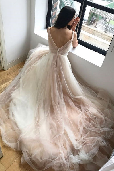 two-tone-tulle-wedding-dresses-with-ruching-v-neckline-1