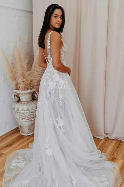 v-neck-tulle-wedding-gown-with-floral-appliqued-bodice-1