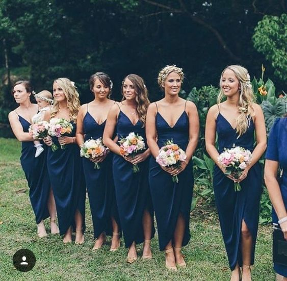 v-neckline-navy-blue-bridesmaid-dress-wth-thin-straps-1
