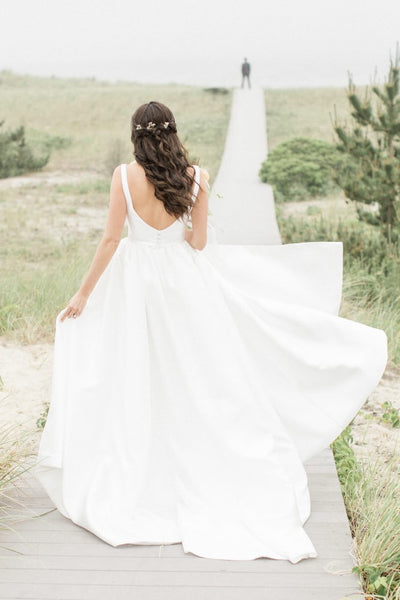 v-neckline-satin-boho-wedding-dresses-for-summer-1